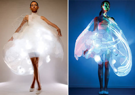 Emotion Sensitive Dress by electronical giants Philips