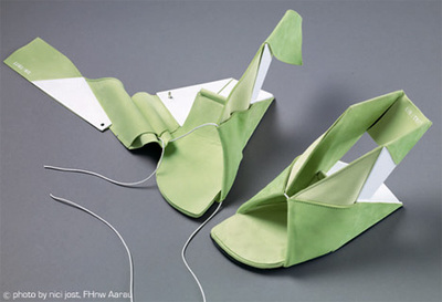 foldable_origami_shoes.jpg